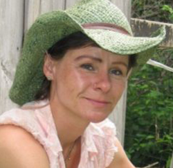 Angela Cannon Cruthers Instructor Herbals and Wilderness Skills